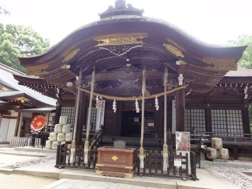 武田神社 正殿