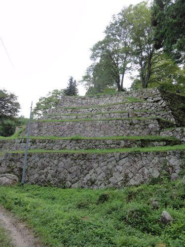6重の石垣