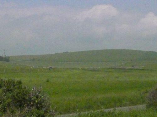 丘のある風景