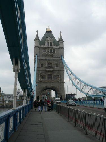 タワーブリッジ 渡る