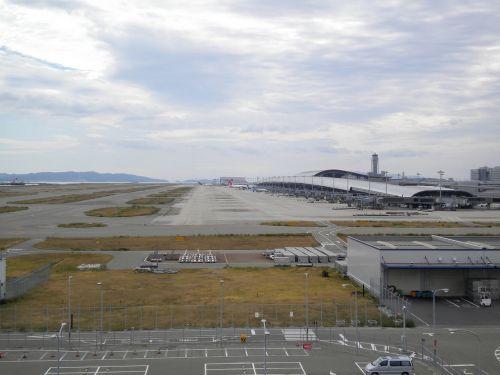 空港ビル 全景