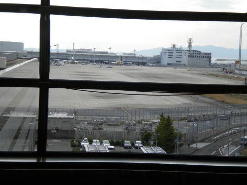 カーゴ駐機場