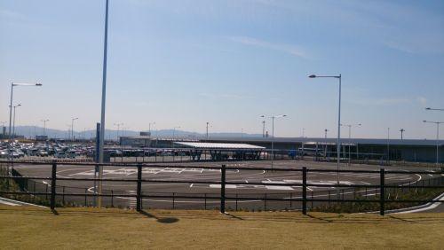 ターミナル2方面