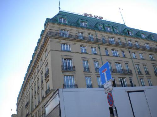 HOTEL ADLOS