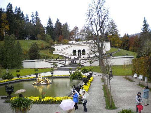 城か墓か公園です。