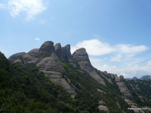 まさに、ノコギリ山